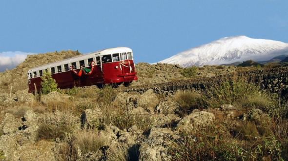 Traditional Train near the Eco-friendly House Casa Sull'Etna