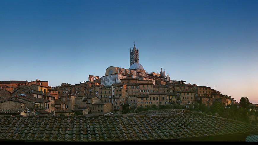 Siena, ph. by Tango7174, via Wikipedia