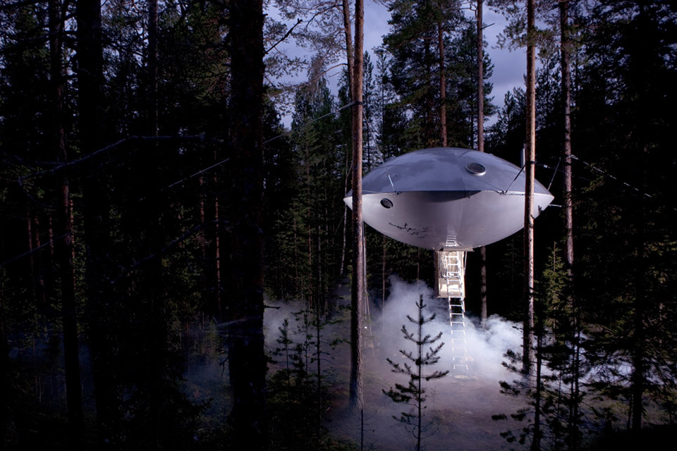 Tree Hotel, Harads, the UFO