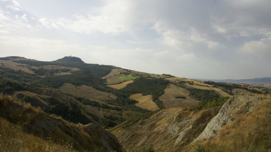 Via Francigena from Siena to Viterbo looking Radicofani, photo by Alessandro Mulas, via Flickr