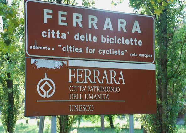 The city of Ferrara reading City of Bikes