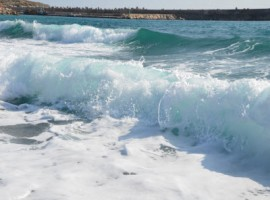Santa Maria di Leuca foamy waves