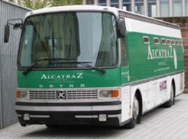 Alcatraz hotel bus
