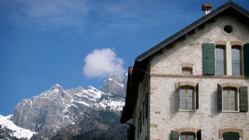 Altanon Hostel, ecofriendly accommodation in Belluno, Italy