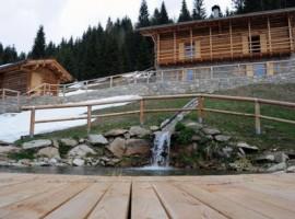 Chalet nel Doch, Trentino, Italy