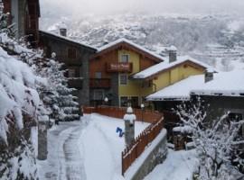 Chalet Relais du Paradis, Aosta Valley Italy