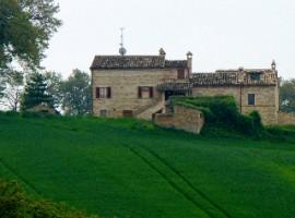 the b&b la casa dei nonni (FM) from outside