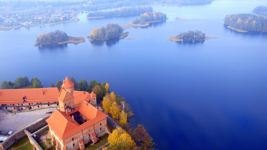 Trakai from above, Contea di Vilnius, Lituania