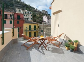 Terrace of Dai Baracca eco-friendly Guesthouse