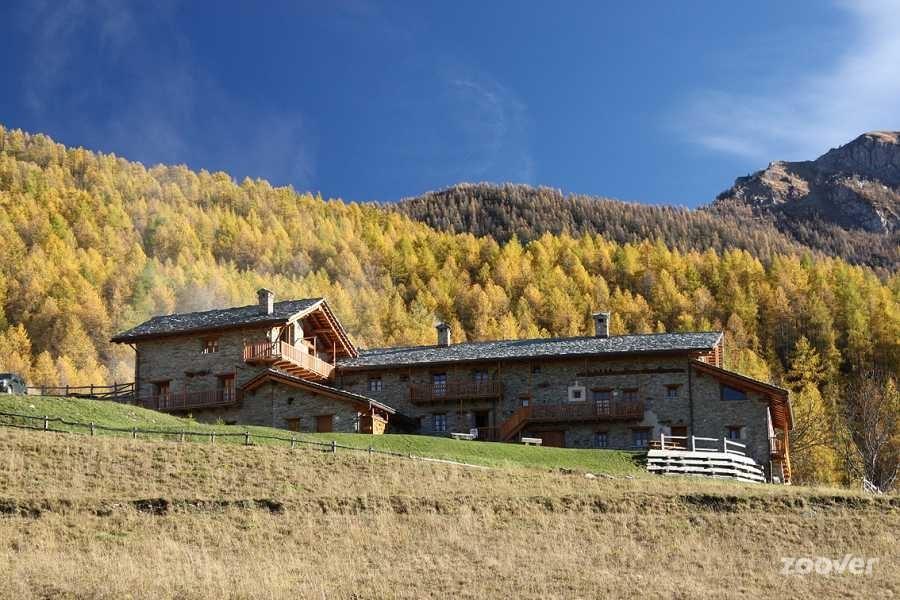 Sagna Rotonda, a beautiful eco-village in Valle Maira, Piedmont