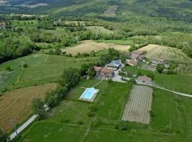 Organic Farm house La Casina, Caprese Michelangelo, Italy