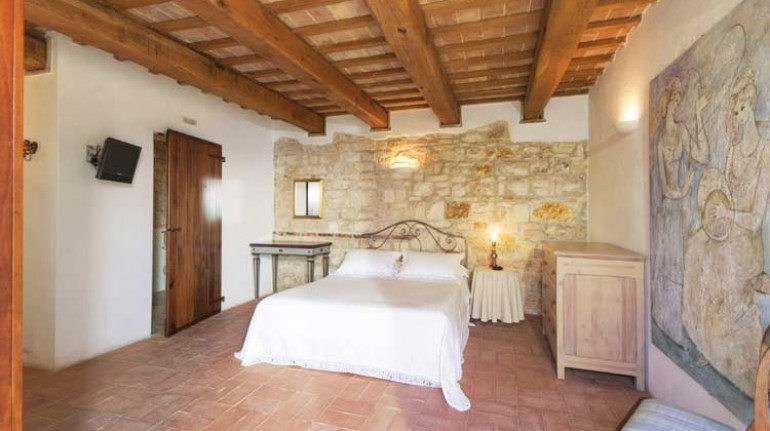 One of the rooms in Acanto Country House