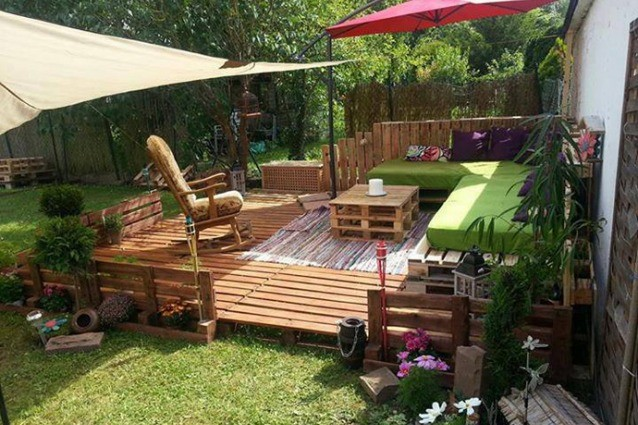 Garden and furniture made of pallets