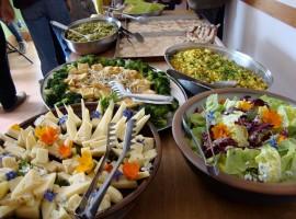 Organic lunch in Torri Superiori