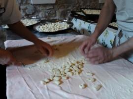 Making gnocchi in the Ecovillage Torri Superiore