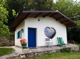 Aperegina farmhouse