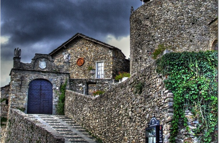 Castle of Compiano