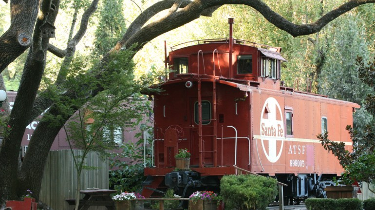 Featherbed Railroad B&B Resort