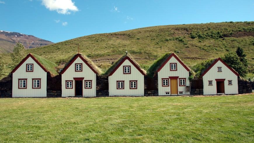 5 Turf Houses