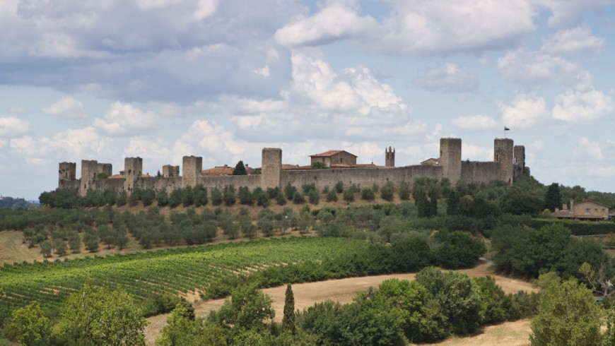 Monteriggioni, the fortified city among Sienese hills