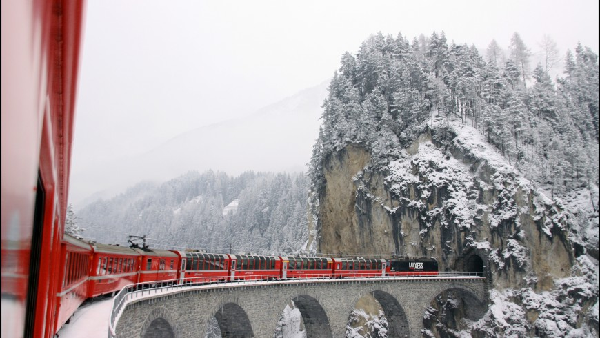 Glacier Express, one of the most beautiful travels by train int he world