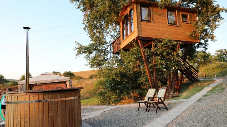 treehouse in the Pietra Serena farm in Maremma, Tuscany