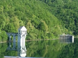 the Lake Trebecco and the Molato Dyke