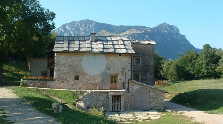 A hut in Trentino for your mom for her special day