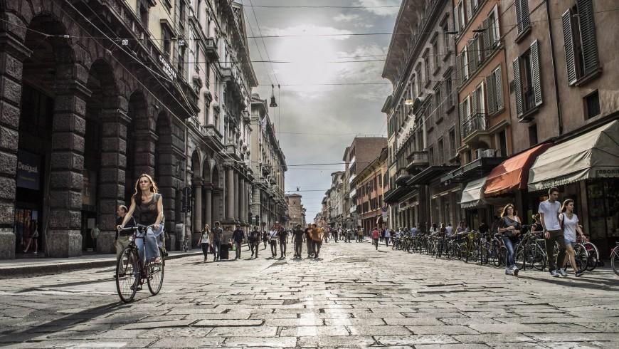 Discover Bologna by bike