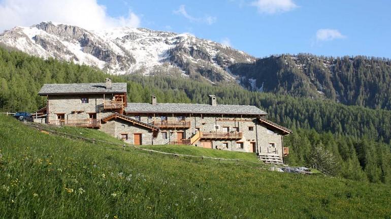 Borgata Sagna Rotonda, an ancient mountain village