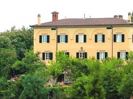 La Ghirlanda farmhouse in Perugia, Italy