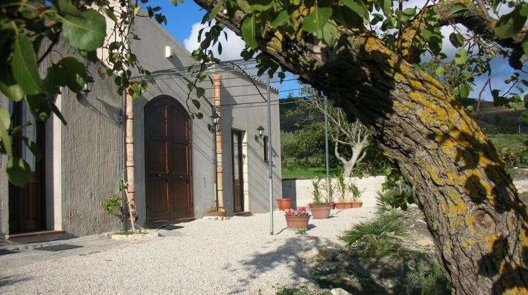 Farmhouse in Sicily