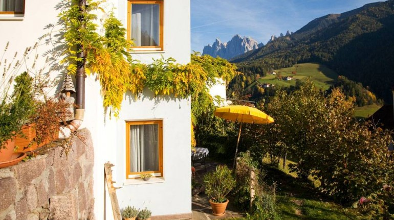 Eco-friendly accommodation in Val di Funes, South Tyrol
