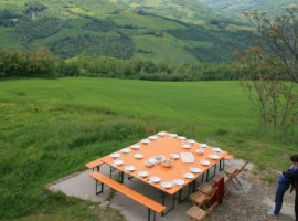 Near Bologna, you perfect holistic space