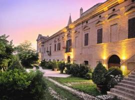 Castello di Chiola, Green and Luxury Hotel in Abruzzo, Italy
