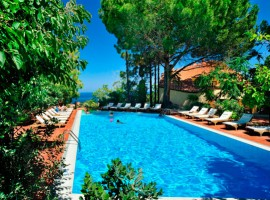 Alberi del paradiso, Green and Luxury Hotel in Sicily, Italy