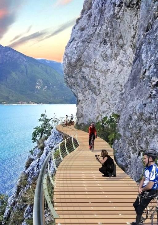 A spectacular new bike path on Garda Lake