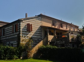 Pet-friendly accommodation in Marche region (Italy)