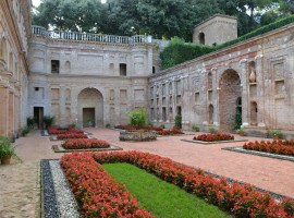 Villa Imperiale: one of the most beautiful parks of Italy