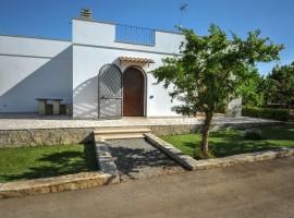 Manfio's Farmhouse, eco-friendly holiday homes in italy
