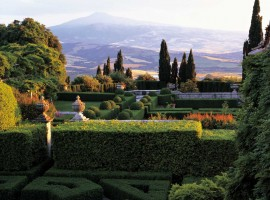 La Foce garden, one of the most beautiful parks in Italy
