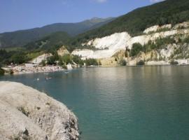 Sutovo natural lake