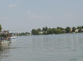 Senecke jazera natural pool
