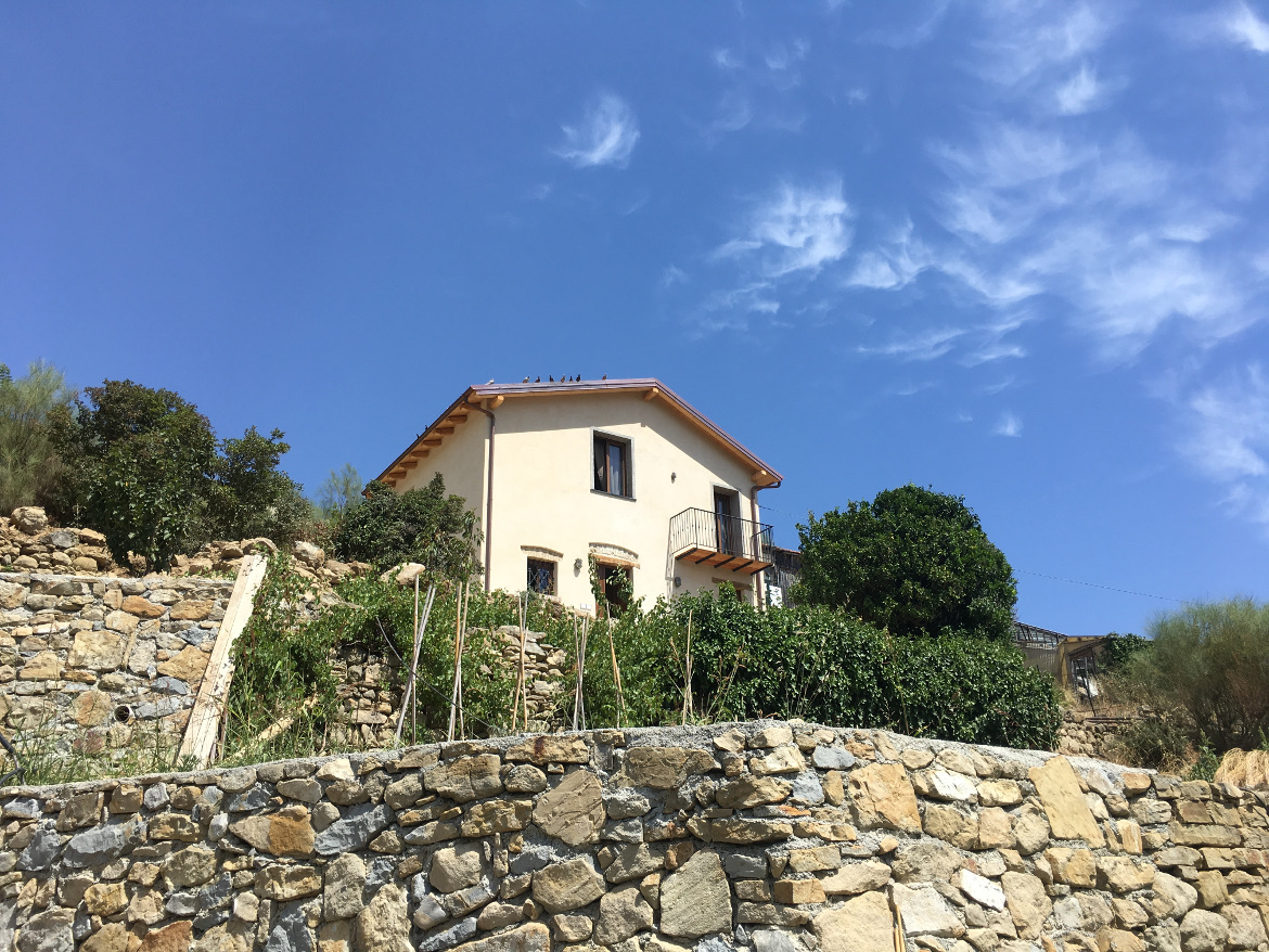 Eco-friendly guest house with sea view in the hills of Bordighera, Liguria