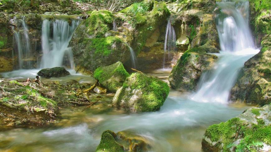 Hajske waterfalls