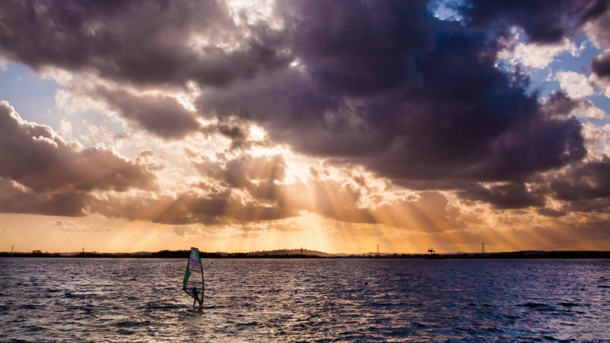 Windsurf, photo by Mark Harpur via Unsplash