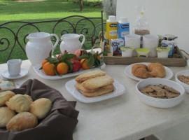Biological breakfast, Sardinia, green tourist facilities