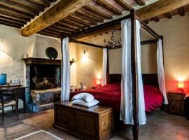 Double bedroom, biologic farmhouse Sant'Egle, green tourist facilities