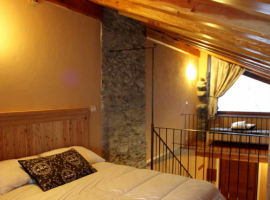 Bedroom, Borgata Sagna Rotonda, old villages