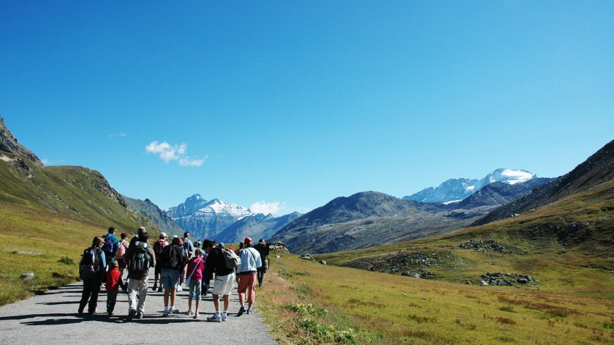 Walking in the clouds, on the road to Nivolet, Ceresole Reale, via pngp.it
